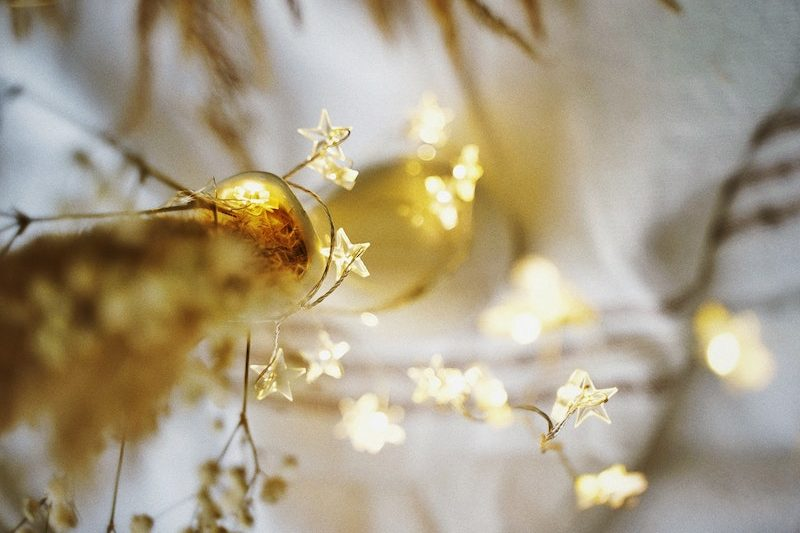 Decorate-rental-property-fairy-lighting